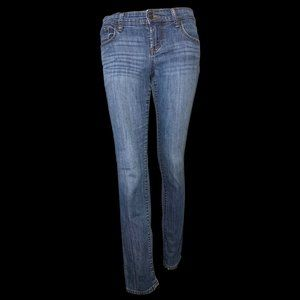 """Old Navy """"The Diva"""" Mid-Rise Ankle Jeans"""